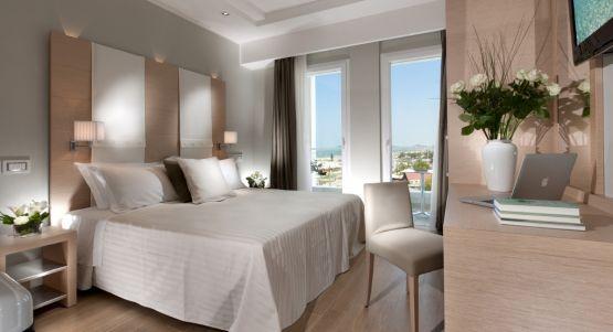 Hotel Ambasciatori Riccione camera suporior