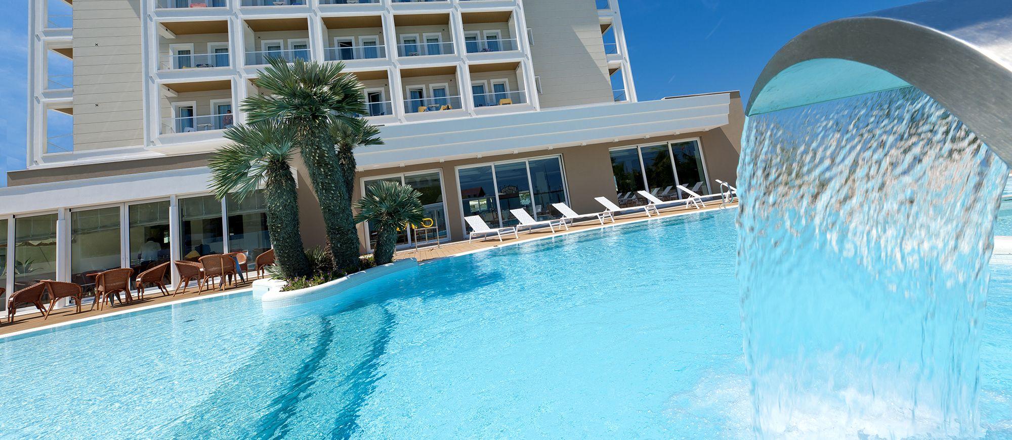 Hotel riccione con piscina alberghi piscina riscaldata - Hotel riccione con piscina coperta ...